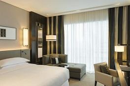 Sheraton Grand Hotel Room